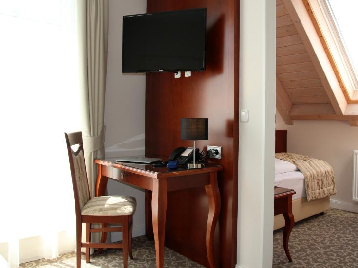 Bellevue Hotelzimmer Schreibtisch