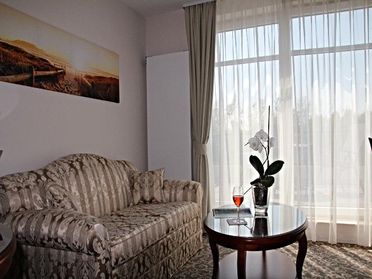 Bellevue Hotelzimmer Wohnraum
