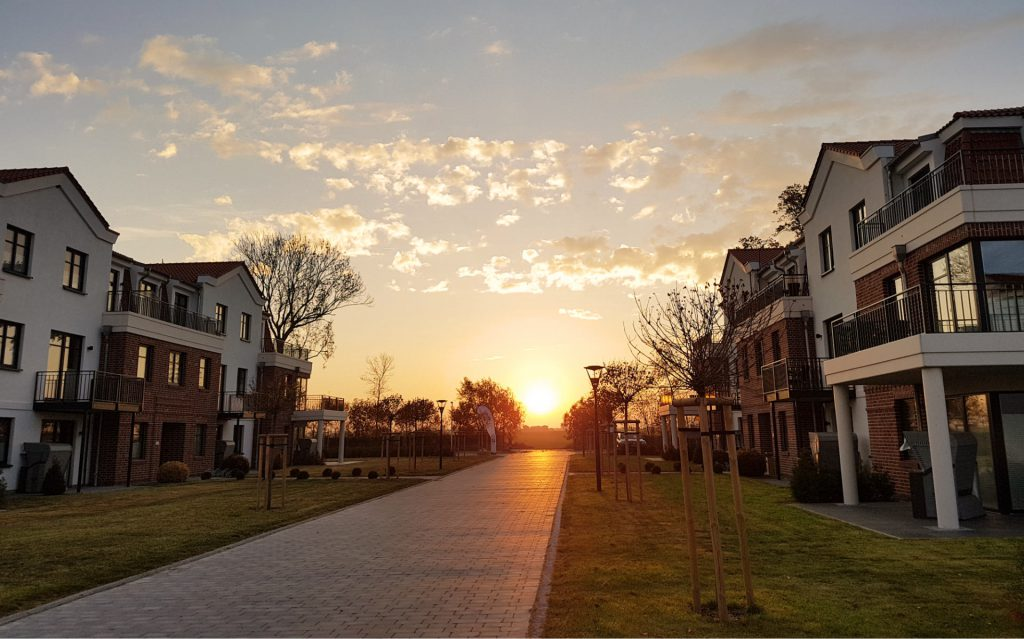 Sonnenuntergang am Hotel